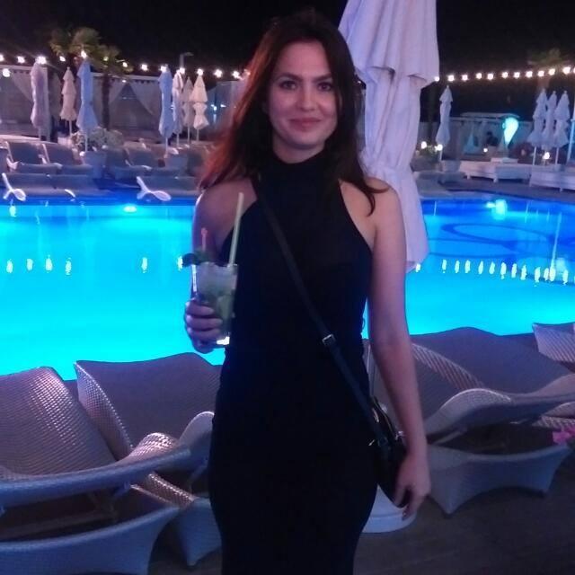 Mariana 2 photo