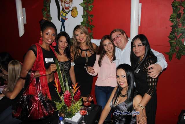 2015080050-Medellin-Women