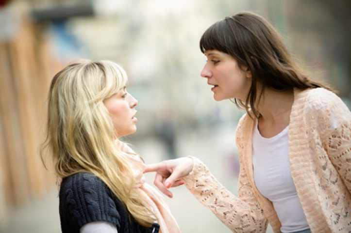 woman-arguing-with-another-woman_nv7n9x